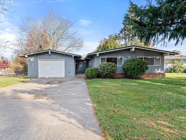2426 NE 136TH Ave, Portland, OR 97230 (MLS #19692425) :: The Galand Haas Real Estate Team
