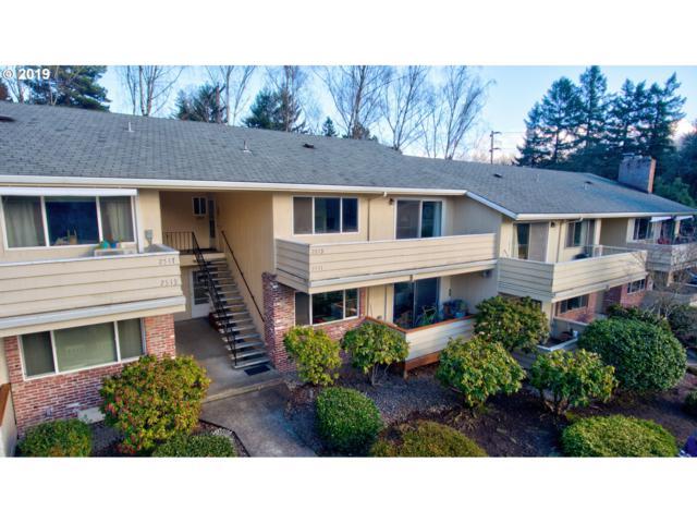 2513 SW Beaverton Hillsdale Hwy, Portland, OR 97239 (MLS #19692536) :: McKillion Real Estate Group