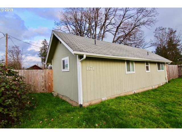 1171 2ND Ave, Sweet Home, OR 97386 (MLS #19693759) :: The Liu Group