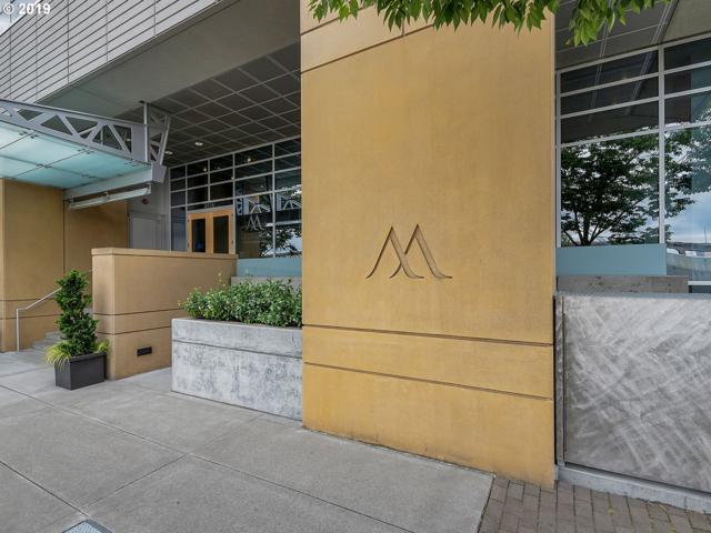 836 SW Curry St #1704, Portland, OR 97239 (MLS #19695306) :: Change Realty