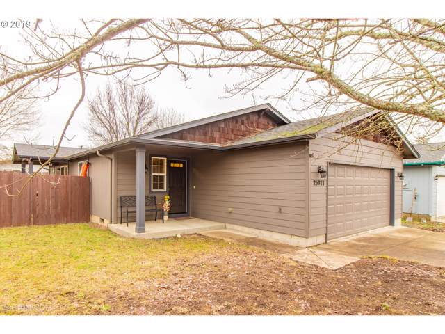 25077 Cottage Ct, Veneta, OR 97487 (MLS #19695435) :: Premiere Property Group LLC