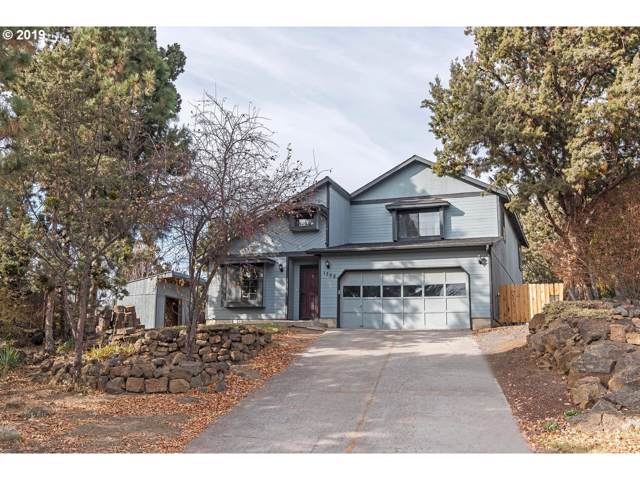 1708 NE Hollow Tree Ln, Bend, OR 97701 (MLS #19695951) :: The Lynne Gately Team
