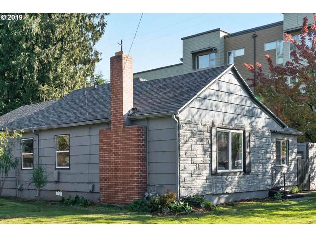 36 NE 172ND Ave, Portland, OR 97230 (MLS #19698660) :: The Liu Group