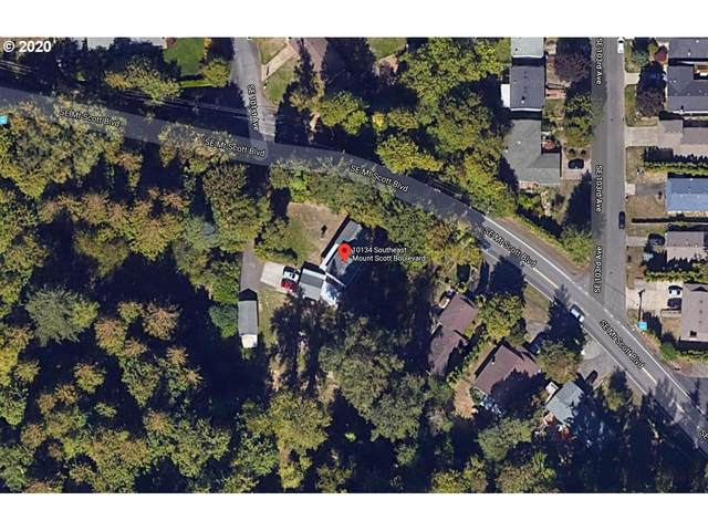 10134 SE Mount Scott Blvd, Portland, OR 97266 (MLS #20000073) :: Gustavo Group