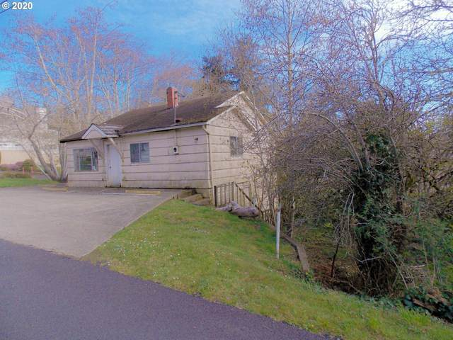 1005 Yew, Coos Bay, OR 97420 (MLS #20004984) :: Fox Real Estate Group