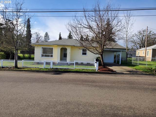 1110 NW Highland St, Roseburg, OR 97470 (MLS #20007469) :: Song Real Estate
