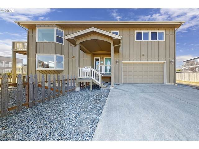 560 SW Lincoln Ave, Bandon, OR 97411 (MLS #20009258) :: TK Real Estate Group