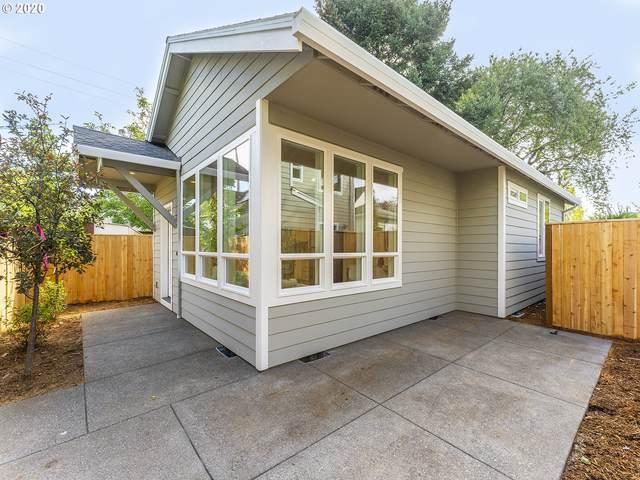 4046 NE Rodney Ave #2, Portland, OR 97212 (MLS #20011611) :: Cano Real Estate