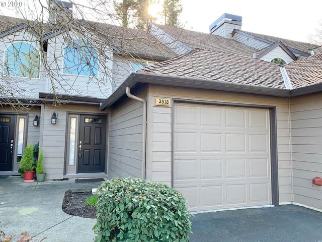 3918 Carman Dr, Lake Oswego, OR 97035 (MLS #20015648) :: Premiere Property Group LLC