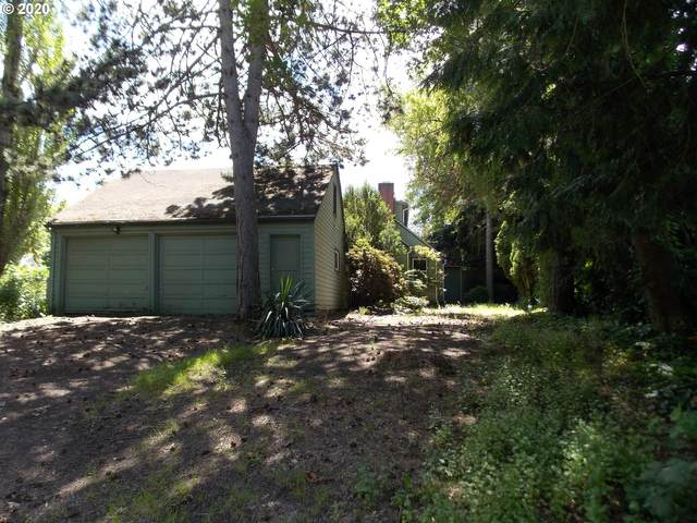 3225 SW 110TH Ave, Beaverton, OR 97005 (MLS #20015940) :: Townsend Jarvis Group Real Estate