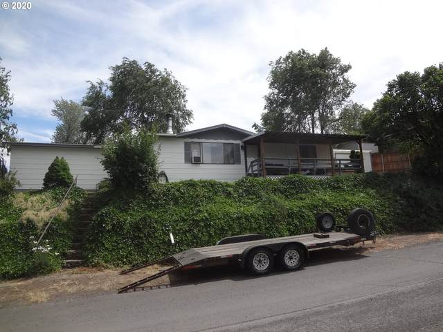 701 SW 14TH St, Pendleton, OR 97801 (MLS #20018151) :: Fox Real Estate Group