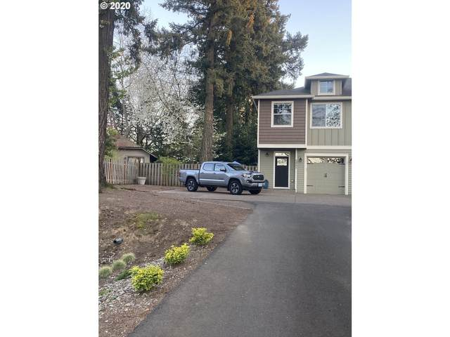 5002 SW Taylors Ferry Rd, Portland, OR 97219 (MLS #20022805) :: Fox Real Estate Group