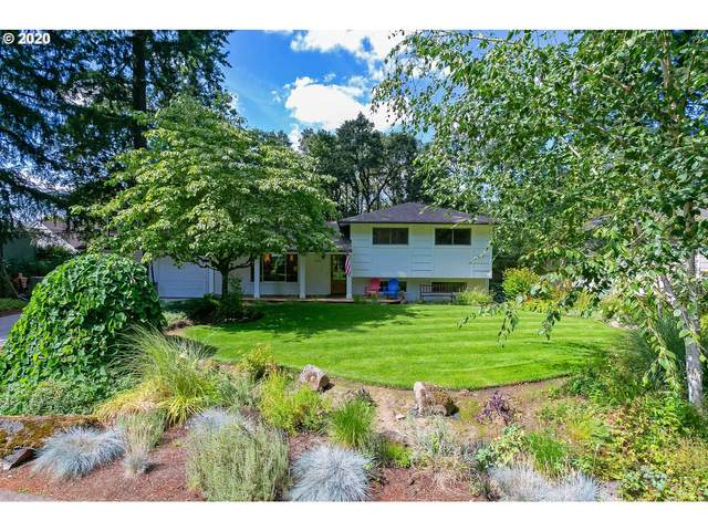 5095 Oakridge Rd, Lake Oswego, OR 97035 (MLS #20024965) :: Change Realty