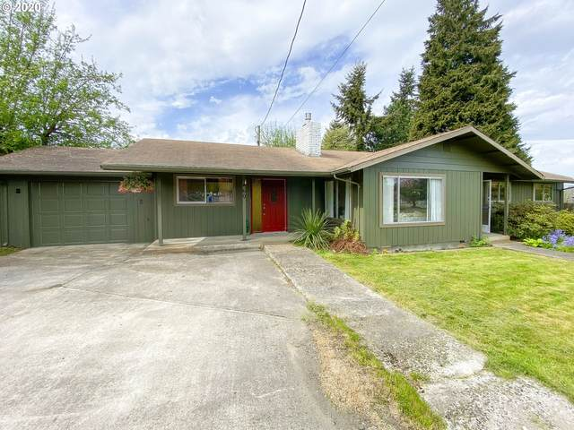 460 S 3rd St, Cathlamet, WA 98612 (MLS #20025885) :: Cano Real Estate