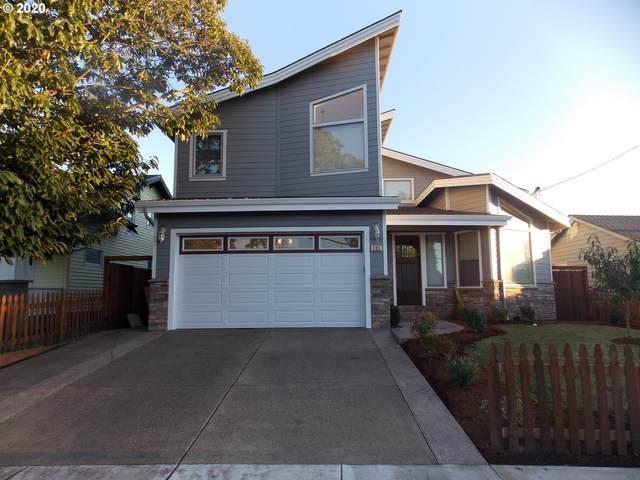 465 E Arlington St, Gladstone, OR 97027 (MLS #20029189) :: Lux Properties