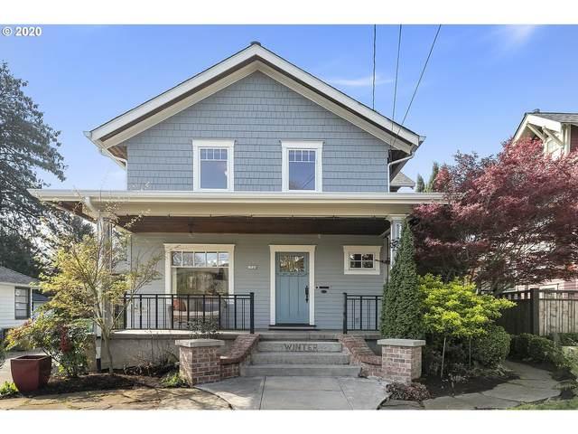1524 SE Malden St, Portland, OR 97202 (MLS #20032956) :: Homehelper Consultants