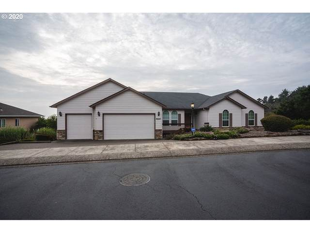 4667 NW Miramar Dr, Lincoln City, OR 97367 (MLS #20033345) :: McKillion Real Estate Group