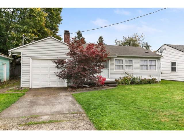 2417 E 28TH St, Vancouver, WA 98661 (MLS #20037050) :: The Galand Haas Real Estate Team