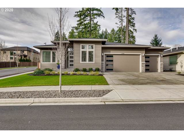 12965 SW Parkdale Ave, Tigard, OR 97223 (MLS #20039494) :: Fox Real Estate Group