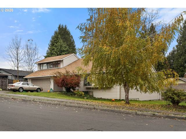 11215 SW Cottonwood Ln, Tigard, OR 97223 (MLS #20041611) :: Premiere Property Group LLC