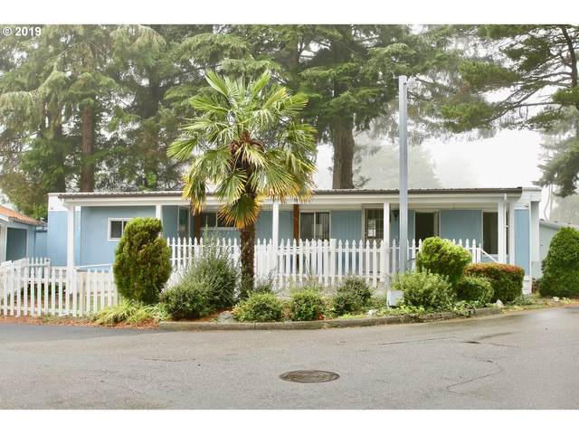 1725 Shorepines Dr, Coos Bay, OR 97420 (MLS #20043113) :: Cano Real Estate