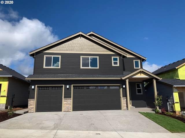 1084 NE Regan Hill Loop, Estacada, OR 97023 (MLS #20043160) :: Matin Real Estate Group