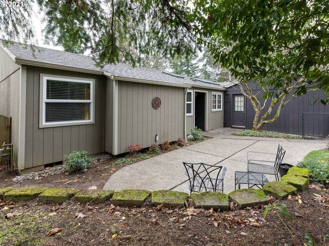 5814 SW Multnomah Blvd, Portland, OR 97219 (MLS #20043391) :: Next Home Realty Connection