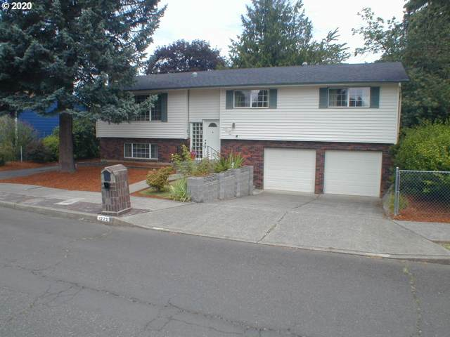 1222 NE 195TH Ave, Portland, OR 97230 (MLS #20043665) :: Fox Real Estate Group