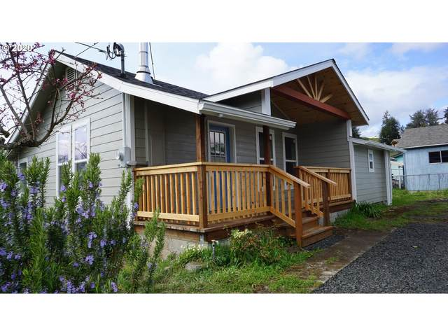 1317 Doborout St, Myrtle Point, OR 97458 (MLS #20045174) :: Cano Real Estate