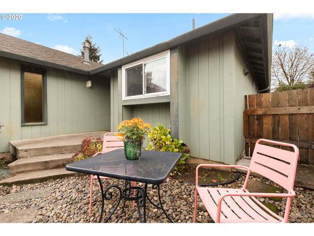 3946 NE 63RD Ave, Portland, OR 97213 (MLS #20046289) :: Premiere Property Group LLC