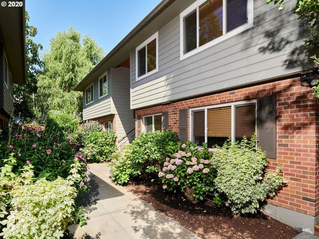 315 SE 32ND Ave, Portland, OR 97214 (MLS #20046454) :: Real Tour Property Group