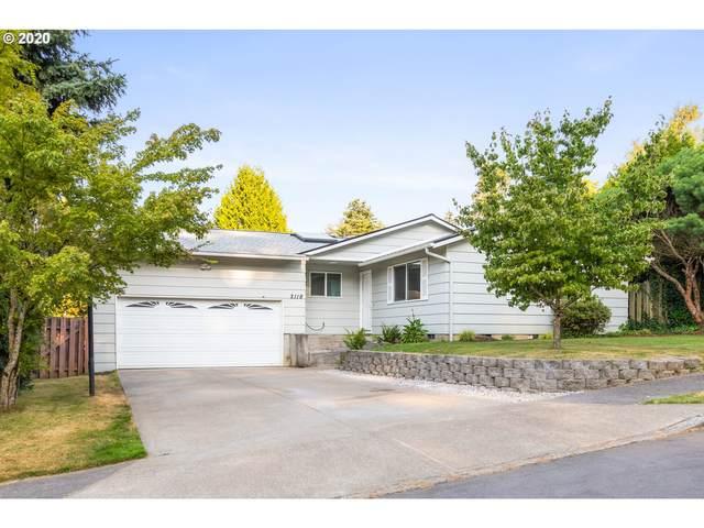 2118 SE Kelly Ave, Gresham, OR 97080 (MLS #20048002) :: Holdhusen Real Estate Group