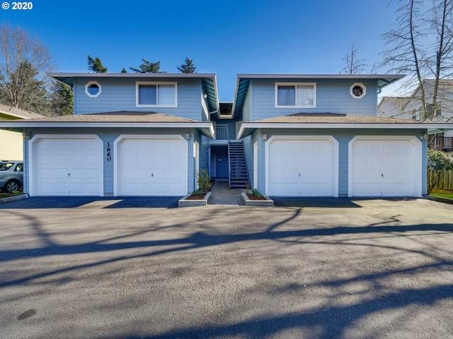 1660 NE 169TH Ave, Portland, OR 97230 (MLS #20049527) :: Matin Real Estate Group