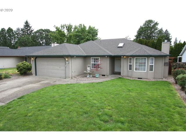 941 NW 1ST Pl, Hillsboro, OR 97124 (MLS #20054612) :: Next Home Realty Connection