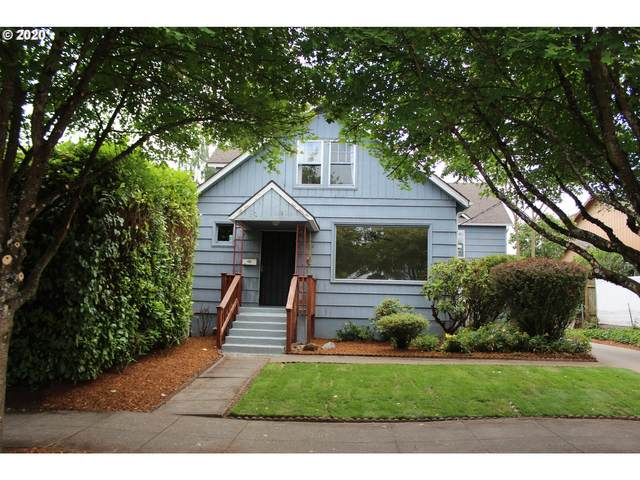 1728 SE Clatsop St, Portland, OR 97202 (MLS #20054907) :: Townsend Jarvis Group Real Estate