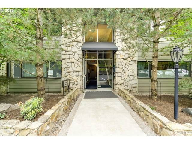 1500 SW Skyline Blvd #19, Portland, OR 97221 (MLS #20056055) :: Holdhusen Real Estate Group