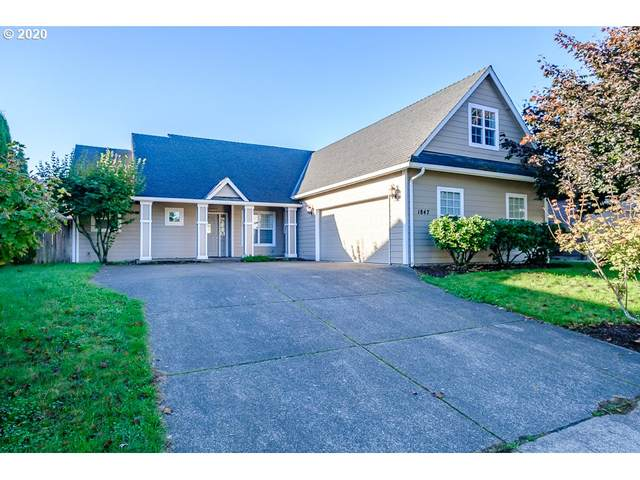 1847 E Bentley St, Monmouth, OR 97361 (MLS #20059761) :: Coho Realty