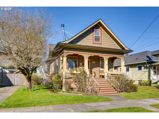 4223 SE 11TH Ave, Portland, OR 97202 (MLS #20060111) :: Fox Real Estate Group