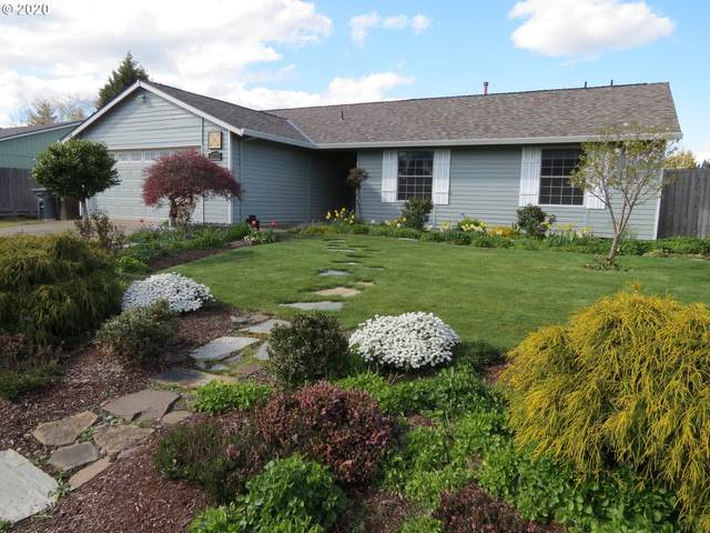 3823 NE Lincoln St, Hillsboro, OR 97124 (MLS #20060136) :: Next Home Realty Connection