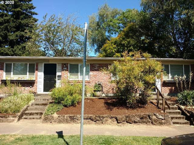 8076 SE 7TH Ave, Portland, OR 97202 (MLS #20060860) :: Premiere Property Group LLC