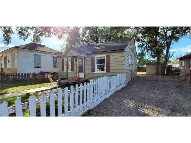 627 NW Ewen St, Prineville, OR 97754 (MLS #20065098) :: Song Real Estate