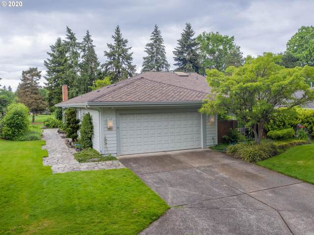 7223 SW Lake Bluff Ct, Wilsonville, OR 97070 (MLS #20068369) :: Fox Real Estate Group