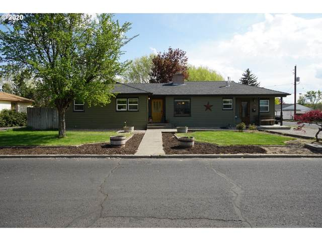 1174 NE Ochoco Ave, Prineville, OR 97754 (MLS #20069146) :: McKillion Real Estate Group