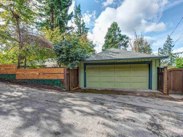 1602 Westover Dr, Eugene, OR 97403 (MLS #20071249) :: Townsend Jarvis Group Real Estate