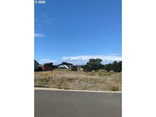 662 Spyglass Dr, Bandon, OR 97411 (MLS #20073375) :: Townsend Jarvis Group Real Estate