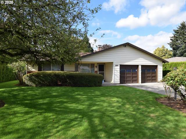 15361 SE Topaz Ave, Milwaukie, OR 97267 (MLS #20073867) :: Fox Real Estate Group