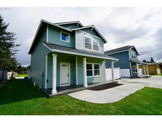 3132 Oak St, Longview, WA 98632 (MLS #20076183) :: Premiere Property Group LLC