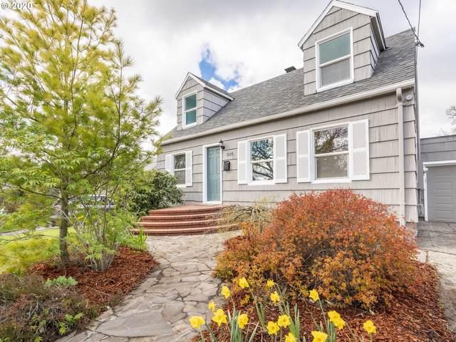 7625 NE Stanton St, Portland, OR 97213 (MLS #20077300) :: McKillion Real Estate Group