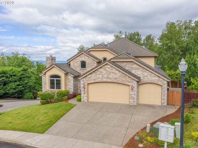 806 NW Deerfern Loop, Camas, WA 98607 (MLS #20077738) :: Fox Real Estate Group