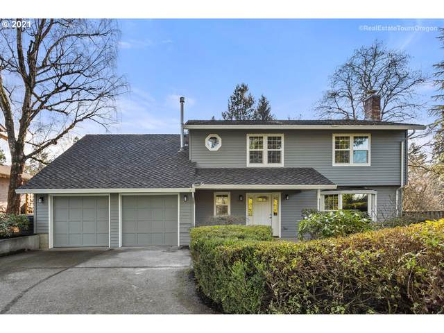 3620 SW Nevada Ct, Portland, OR 97219 (MLS #20080846) :: Song Real Estate